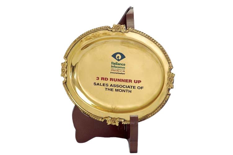 Golden Metal Plaque on a Stand - PM5027